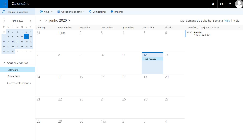 Visão geral dos eventos do mês no calendário.